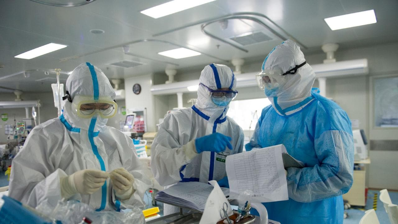 Why and How does Disposable Protective Clothing Protect Medical Staff?